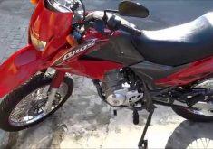 O veículo Honda Bros de cor vermelha já foi devolvido ao proprietário (FOTO: Reprodução)