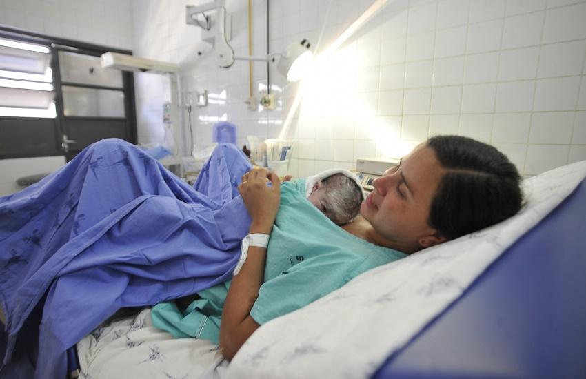 Maternidade no Ceará usa 'hits' de sucesso para ajudar gestantes em trabalho de parto