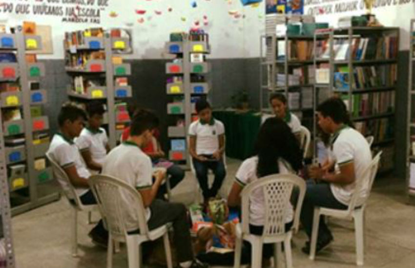 Projeto desenvolvido em escola do Ceará estimula a leitura e dribla a violência