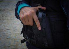Policiais foram surpreendidos. (Foto: Tribuna do Ceará)