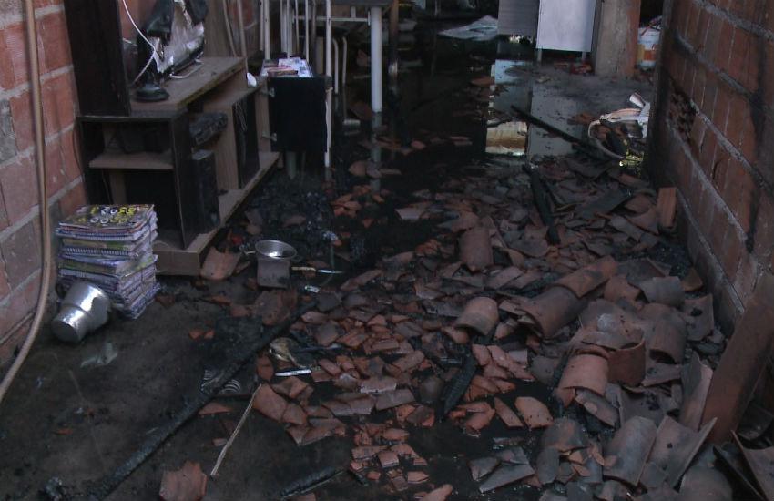 Morre a mulher que teve o corpo incendiado por marido em casa em Fortaleza