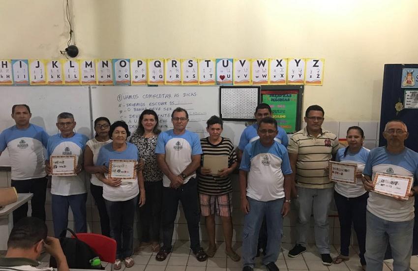 Escola pública de Fortaleza ganha prêmio por mudar a vida de mulheres negras