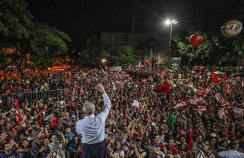 Atos em defesa de Lula acontecem em Fortaleza e em cidades do interior