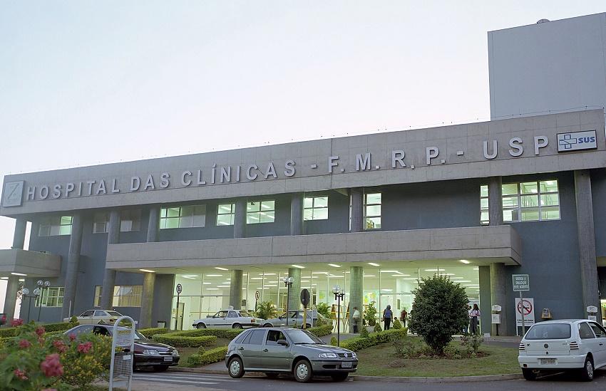 Crianças siamesas unidas pelo crânio farão série de cirurgias em São Paulo