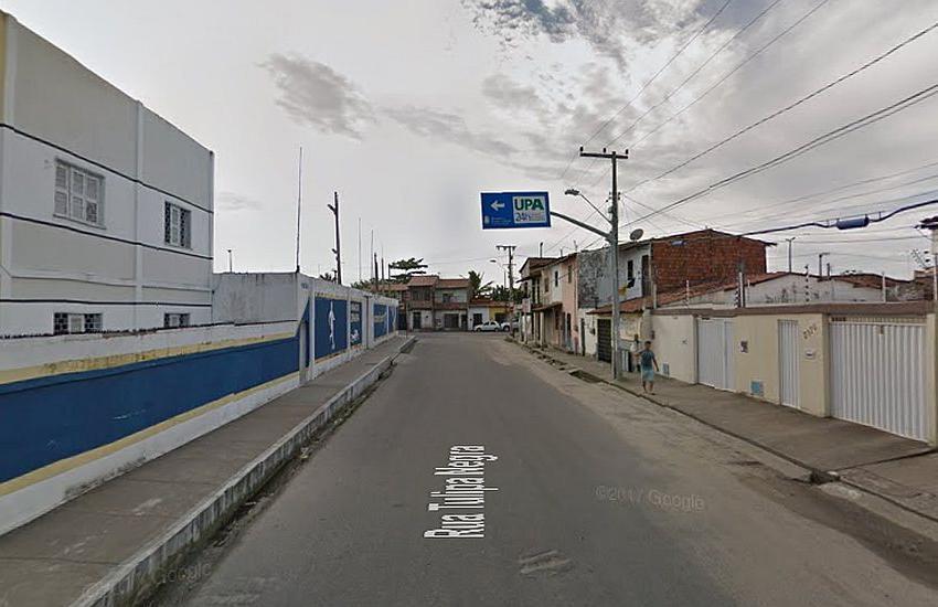 Menina morre após ser baleada em frente a uma escola particular em Fortaleza