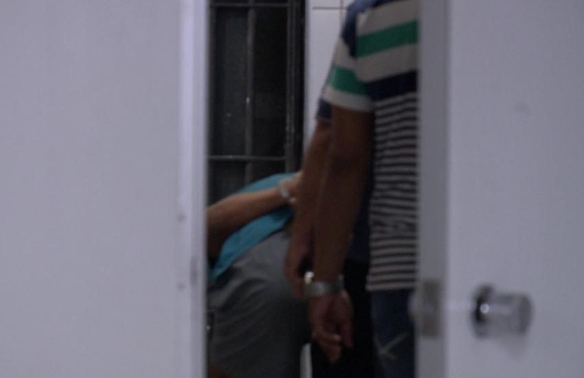 Homem é preso por roubo e delegado descobre que ele já era procurado por matar a esposa