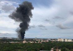 Incêndio destruiu 90% do prédio (FOTO: Gabriel Borges/Tribuna do Ceará)