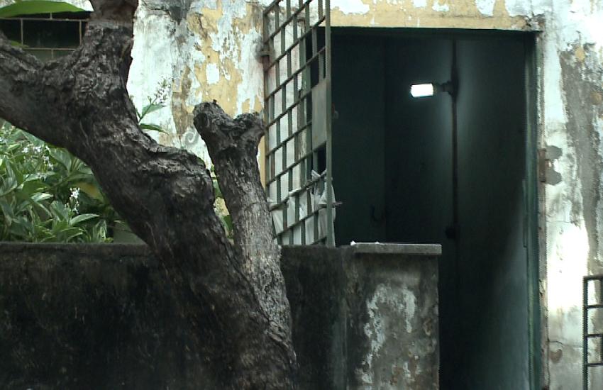 Idosa de 81 anos é assassinada no banheiro de casa; Bandido queria roubar cofre