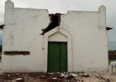 Igreja atingida por raio