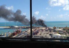 Incêndio foi iniciado na manhã deste sábado (FOTO: Reprodução/Whatsapp)