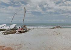 Caso aconteceu na praia da Caponga, em Cascavel. (Foto: Reprodução/Google Maps)