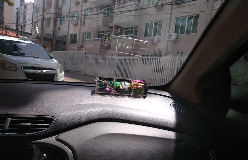 taxi-camisinha-remedio-3