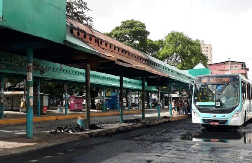 Ataque ao terminal da praça Coração de Jesus