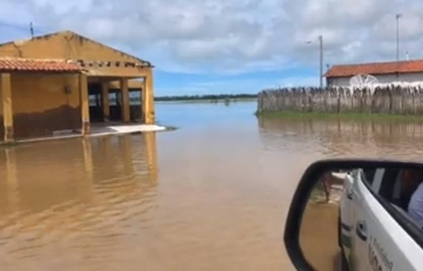 Com 255 mm, Icapuí registra volume de chuva histórico na cidade e no Ceará