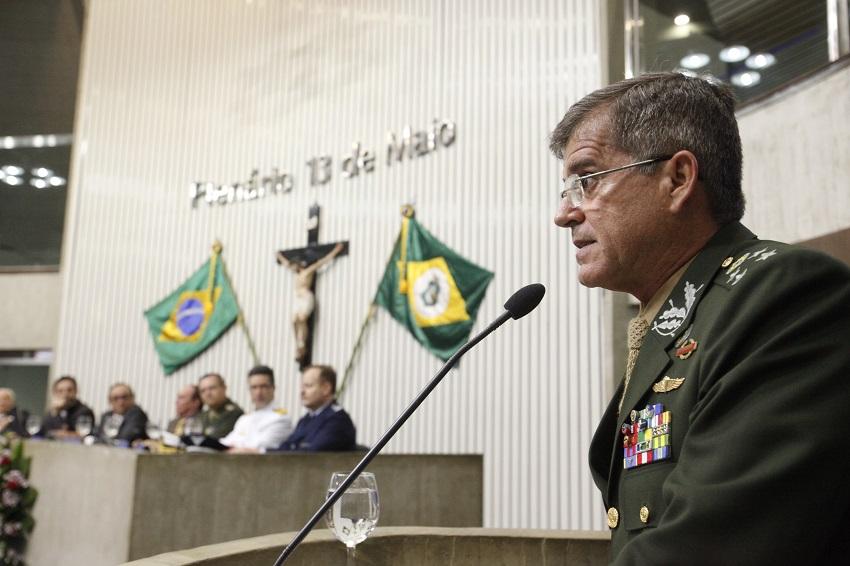 General que planejou intervenção Federal no Rio é cidadão cearense