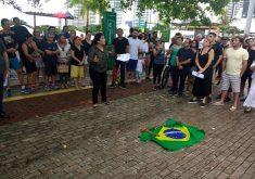 Manifestantes cobram segurança em ato no Parque do Cocó. (Foto: Eumar Lima / TV Jangadeiro)