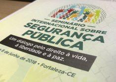 panfleto em referência a seminário sobre segurança pública realizado pela Assembleia Legislativa