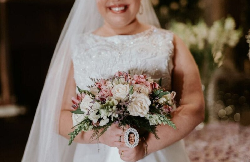Fotógrafos pedem contratação de segurança para ensaios de casamento, por medo de assaltos