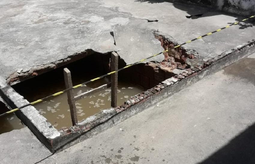 Criança de 4 anos morre ao cair em fossa após piso de escola ceder em Fortaleza