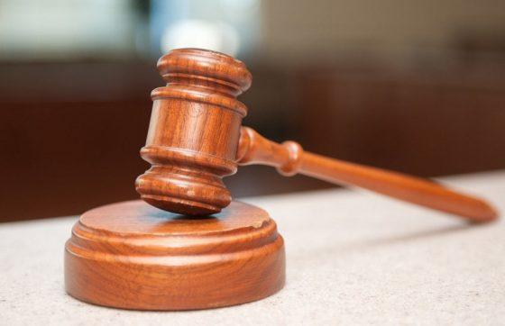Martelo de juiz em referência a Agricultora que perdeu bebê após acidente deve receber R$100 mil de município de Caridade