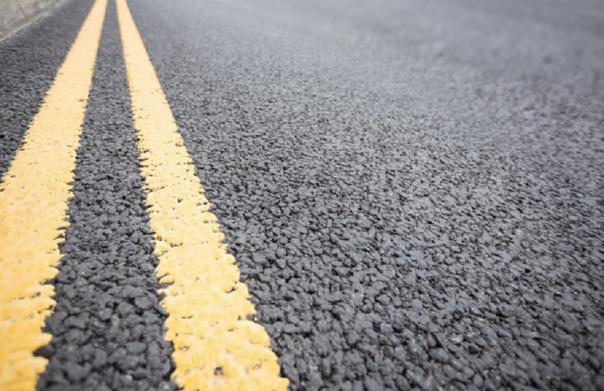 Asfalto no Brasil é feito para durar 12 anos; pavimento no Ceará sofre com desgaste antes do tempo