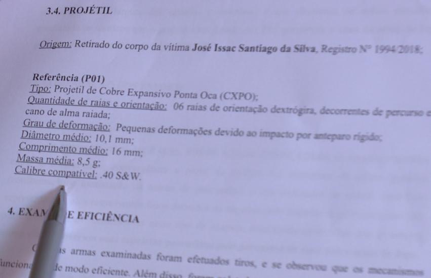 Perícia mostra que criança feita de escudo humano foi morta por arma policial