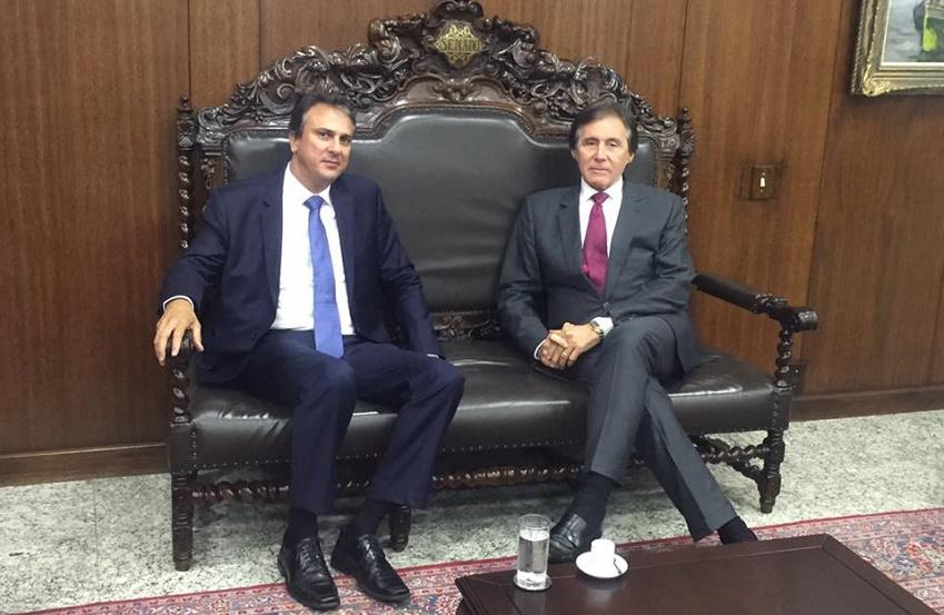 Disputa pelo Senado divide aliança de Camilo Santana no Ceará