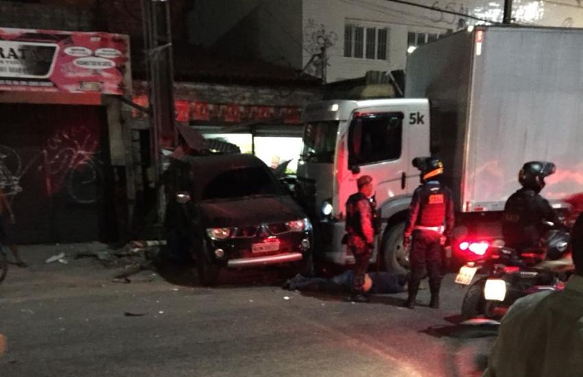 Caminhão desgovernado deixa mortos e feridos na Avenida Osório de Paiva