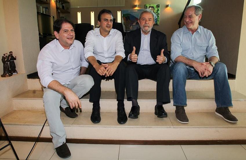 """""""Em qualquer circunstância, eu estarei ao lado de Lula"""", declara Camilo em encontro do PT"""