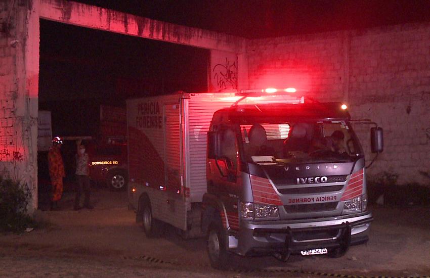 Corpo de mulher é encontrado esquartejado em fossa de galpão de Fortaleza