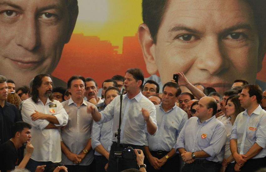 Gaudêncio diz que Cid autorizou Camilo a manter negociações com Eunício para aliança em 2018