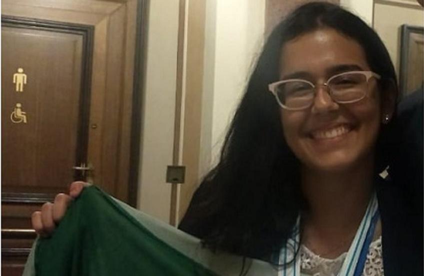Cearense é primeira brasileira na história a ganhar olimpíada internacional de Química