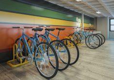 Bicicletas em referência a Condomínio de Fortaleza oferece sua própria estação de bicicletas compartilhadas