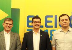 Participaram do debate General Theóphilo, Hélio Góis e Ailton Lopes. (Foto: Esdras Nogueira / Tribuna do Ceará)
