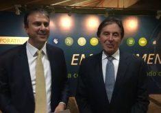 Governador estava acompanhado de Eunício (FOTO: Reprodução Facebook Camilo Santana)