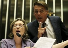 Bolsonaro em discussão com Maria do Rosário na Câmara, em 2016, em debate sobre violência contra a mulher. (Foto: Marcelo Camargo / Agência Brasil)