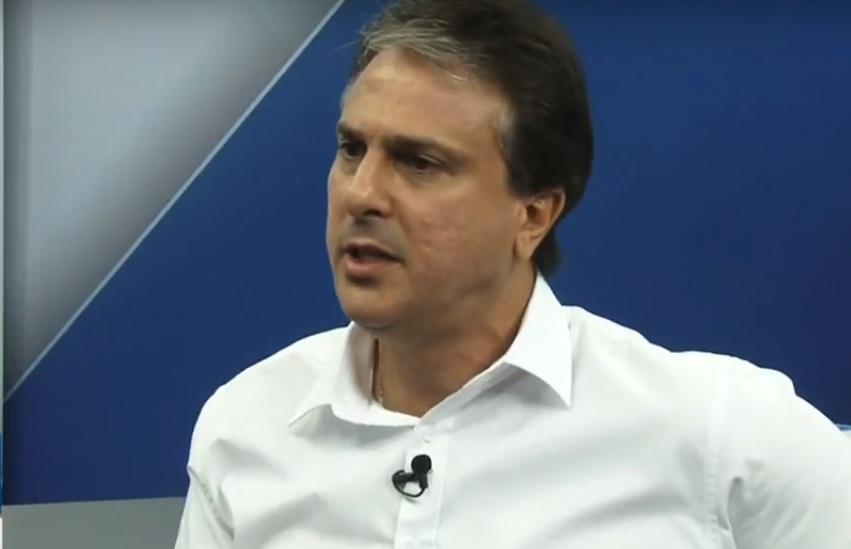 Camilo se esquiva de confronto sobre segurança e responde ataques com propaganda de governo