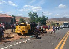 Carro forte em referência a Bandidos explodem carro forte no município de Saboeiro