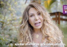 A cantora Elba Ramalho apareceu em propaganda de Eduardo Girão. (Foto: Reprodução)