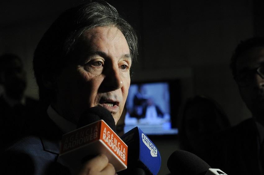 Eunício Oliveira recebeu R$ 1 milhão em propina por obras contra seca, diz delator