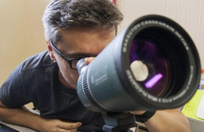 Professor da UFC participa de descoberta de planeta 6 vezes maior que Júpiter