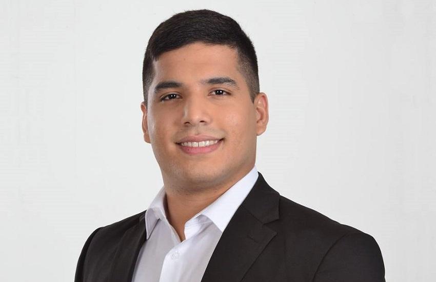 """Youtuber campeão de votos no Ceará conseguiu fama ao chamar Camilo de """"frouxo"""""""