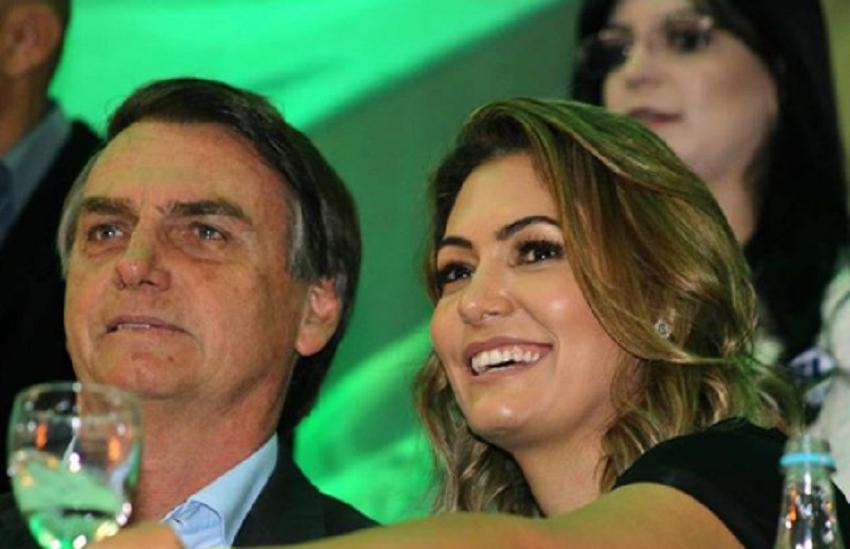 Bolsonaro agradece votos dos eleitores de Crateús, cidade onde sogro nasceu