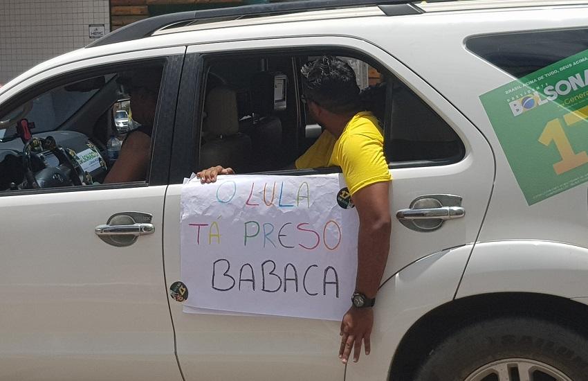 "Carreata pró-Bolsonaro em Fortaleza tem referência à ""caixa 2"" e ""Lula tá preso, babaca"""