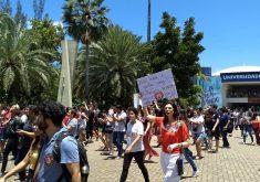 Manifestação na Unifor