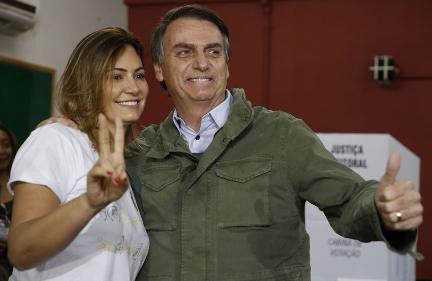 Michelle Bolsonaro, a futura primeira-dama, é filha de um cearense de Crateús