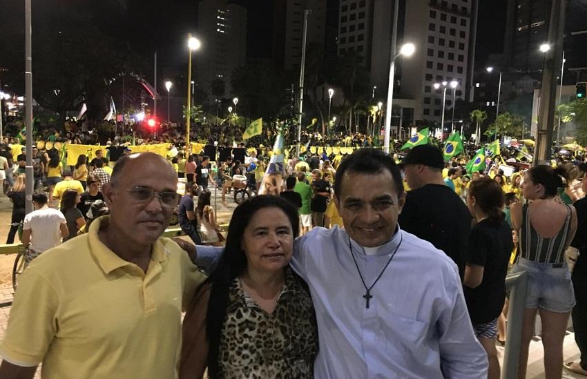 Comemoração pró-Bolsonaro