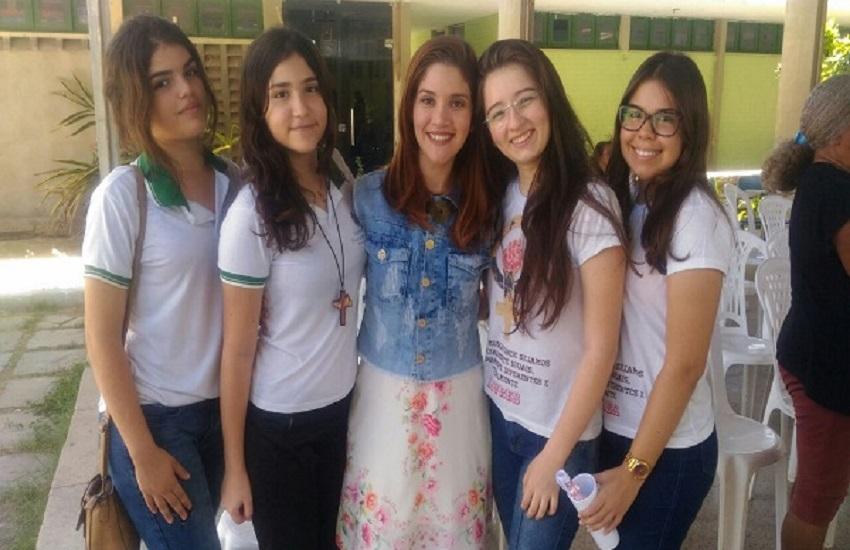 Alunas do Ceará criam plataforma para denúncias de agressões domésticas contra mulheres