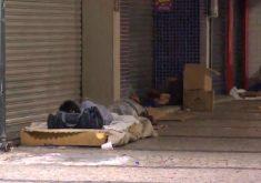 Mais de 1,7 mil pessoas vivem em situação de rua em Fortaleza (FOTO: Reprodução/TV Jangadeiro)