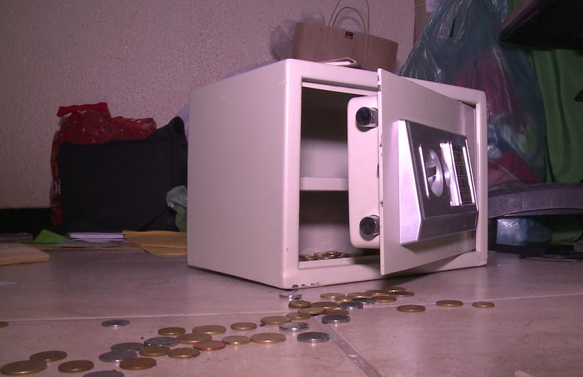 Ladrão invade capela de Fortaleza e rouba dinheiro dado por fieis